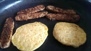 Tempeh and sweetcorn fritters