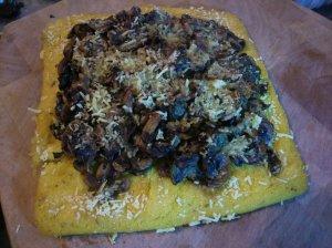 Herby mushroom polenta pizza