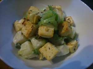Leek and potato salad with mustard tofu croutons